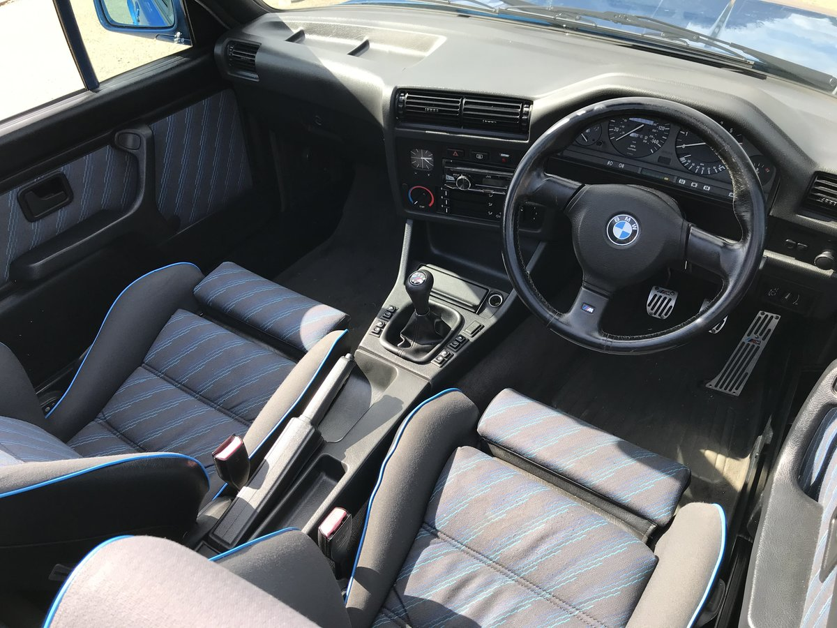 1991 BMW E30 318i M TECH 2 Manual Design Edition For Sale (picture 3 of 6)
