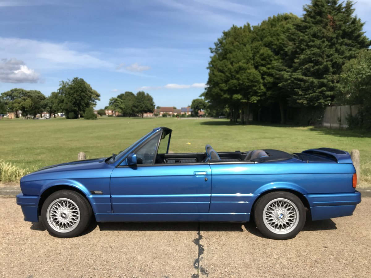 1991 BMW E30 318i M TECH 2 Manual Design Edition For Sale (picture 5 of 6)