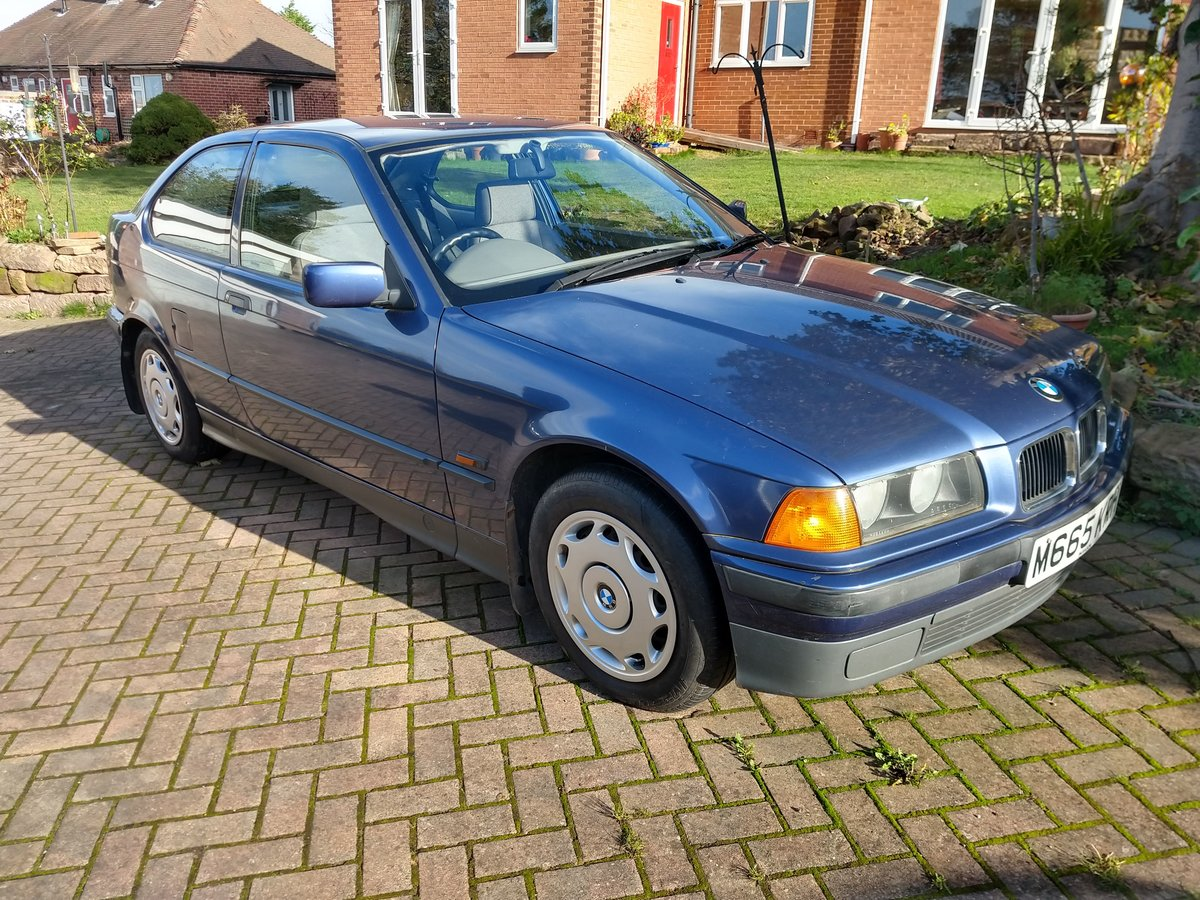 BMW 318Ti Automatic in Artic Blue 74000 miles