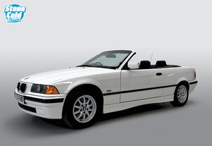 Picture of 1996 BMW 318i Convertible auto • DEPOSIT TAKEN • SOLD