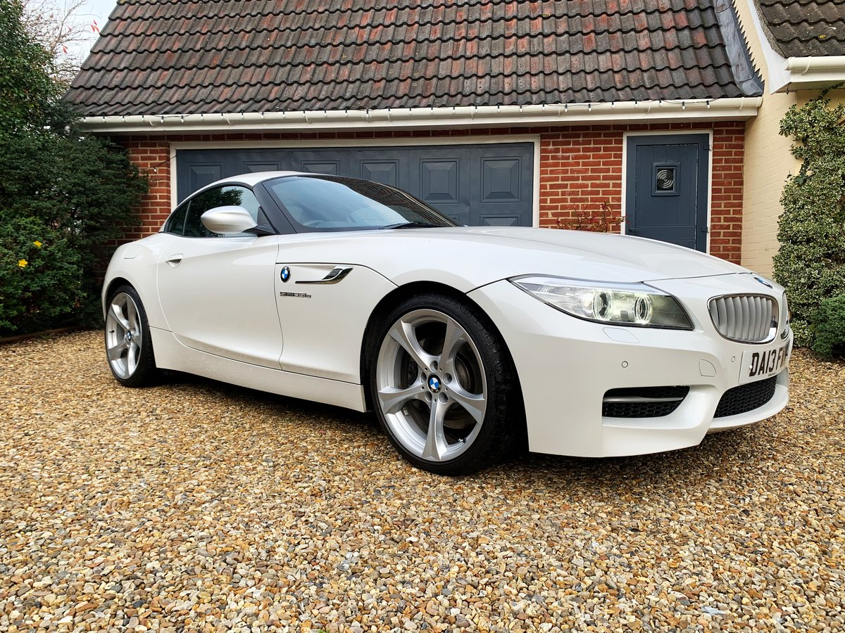 2013 BMW Z4 sDrive35is (340-bhp) 35i 6 cylinder a rare car For Sale (picture 1 of 6)