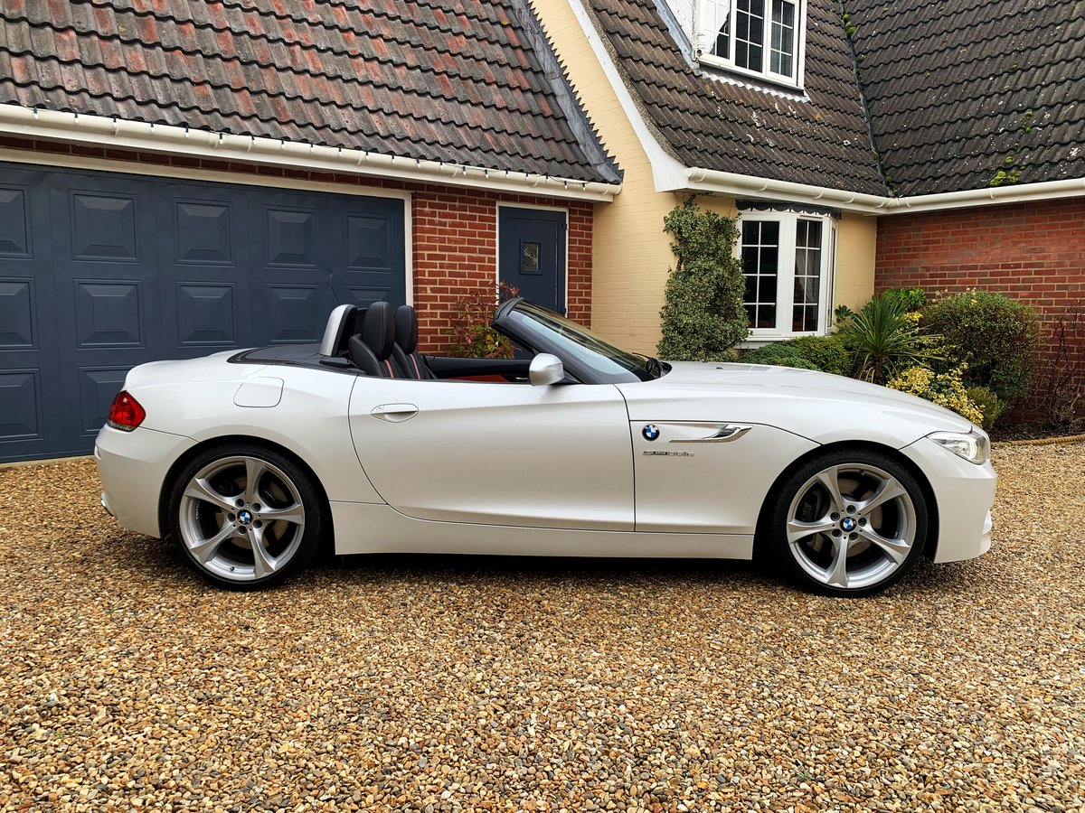 2013 BMW Z4 sDrive35is (340-bhp) 35i 6 cylinder a rare car For Sale (picture 2 of 6)