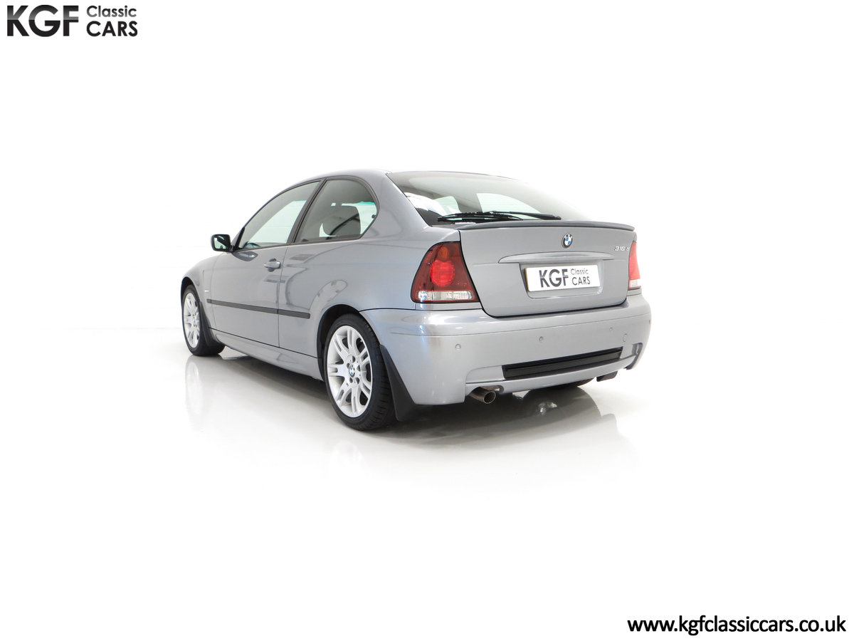 2004 A Superb BMW E46 316Ti Sport Compact with Only 18,507 Miles For Sale (picture 8 of 24)