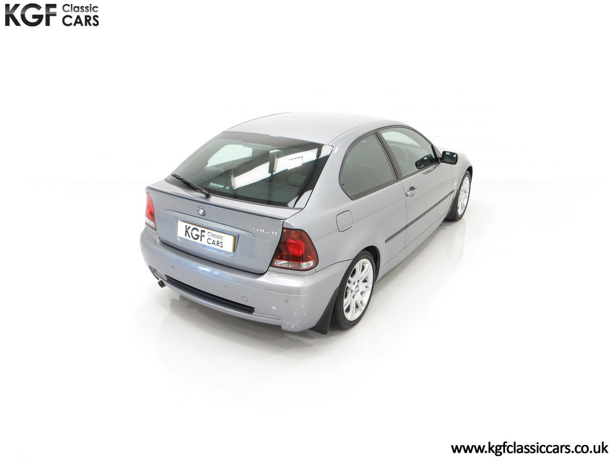 2004 A Superb BMW E46 316Ti Sport Compact with Only 18,507 Miles For Sale (picture 12 of 24)