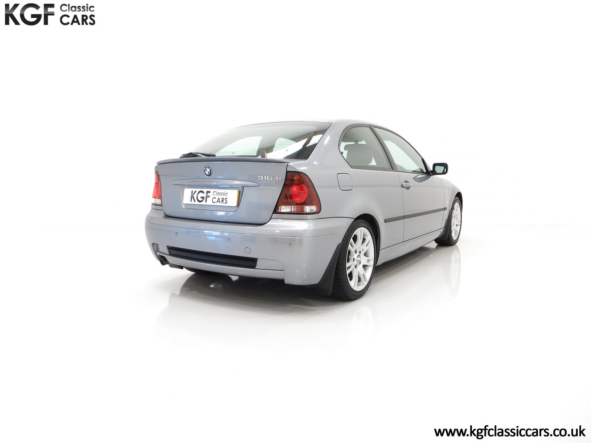 2004 A Superb BMW E46 316Ti Sport Compact with Only 18,507 Miles For Sale (picture 13 of 24)