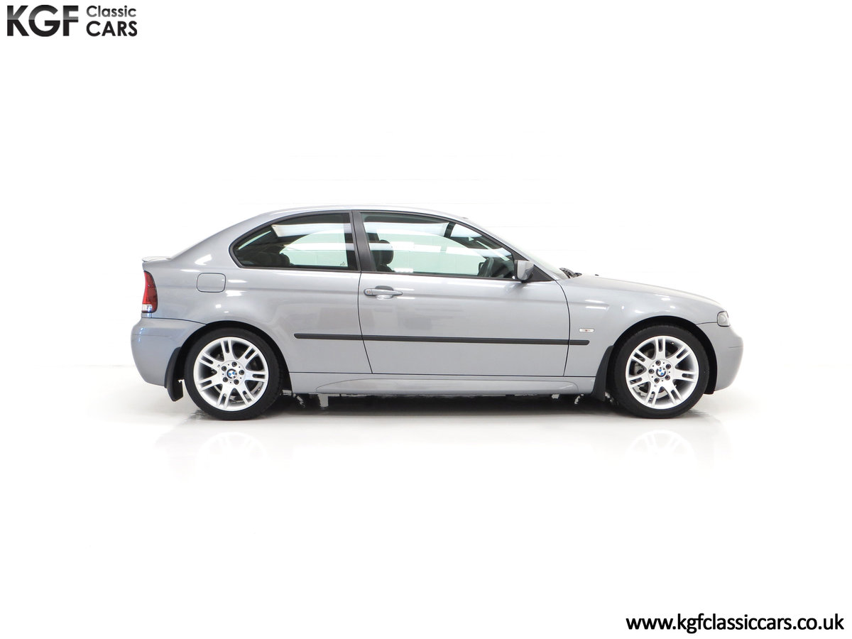 2004 A Superb BMW E46 316Ti Sport Compact with Only 18,507 Miles For Sale (picture 14 of 24)