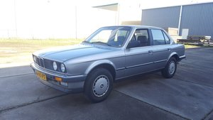 Picture of BMW 320i E30 1986 4-door sedan