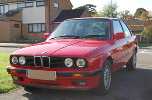 Picture of 1991 BMW 320i E30