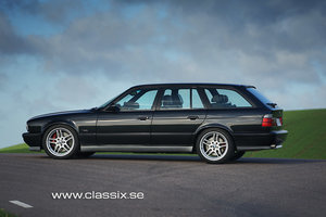 Picture of 1995 BMW M5 E34 Touring six speed manual LHD For Sale