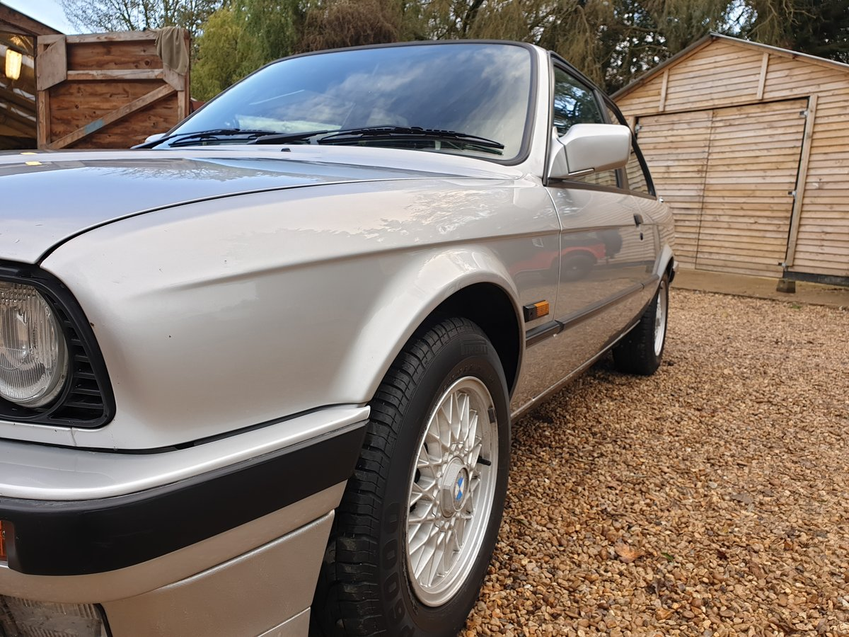 1991 bmw e30 318is For Sale (picture 4 of 6)