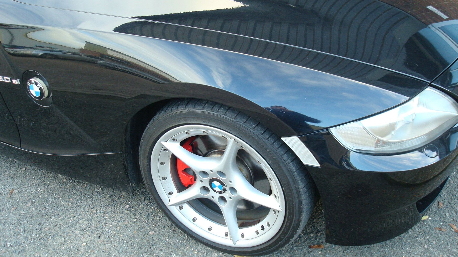 BMW Z4 3.0si Sport Coupe (Manual gearbox) 2006-56 For Sale (picture 2 of 6)