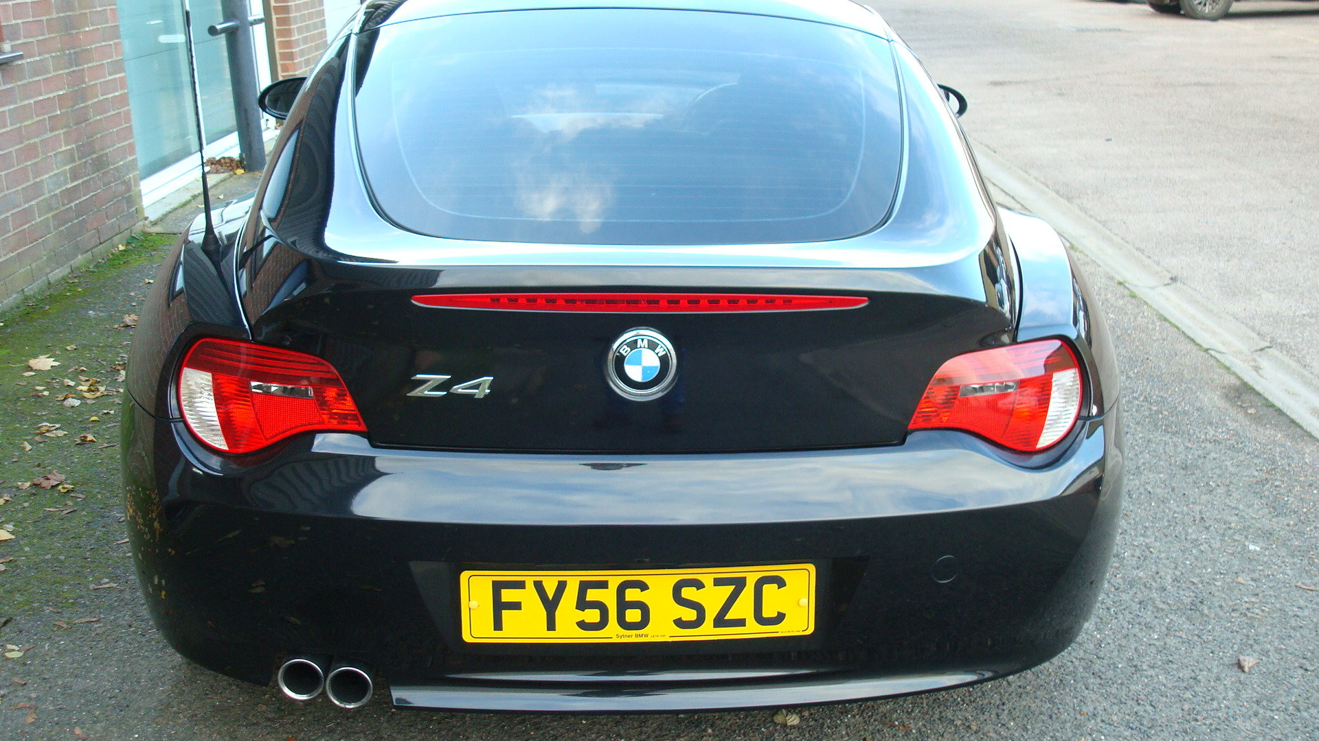 BMW Z4 3.0si Sport Coupe (Manual gearbox) 2006-56 For Sale (picture 3 of 6)