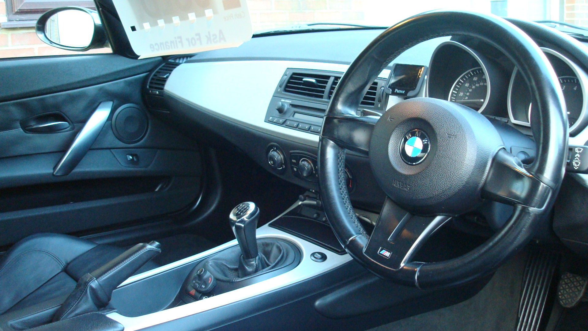 BMW Z4 3.0si Sport Coupe (Manual gearbox) 2006-56 For Sale (picture 5 of 6)