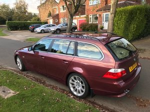 BMW 530d Auto, rare Chiaretto red.