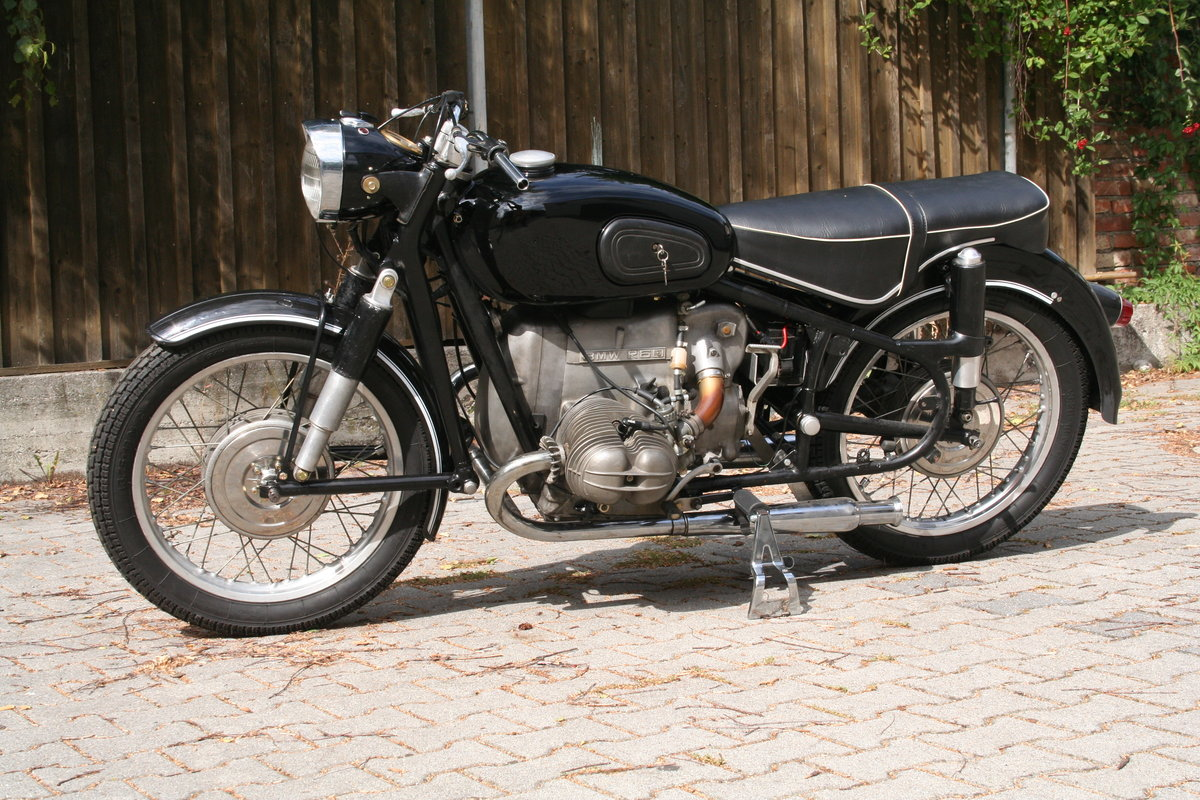 BMW R60 1958 with /5 Engine For Sale (picture 3 of 6)