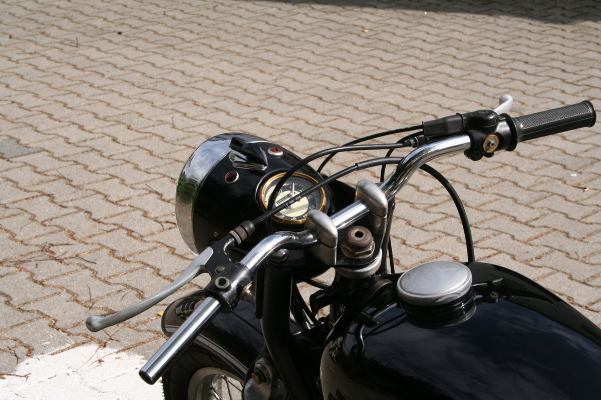 BMW R60 1958 with /5 Engine For Sale (picture 4 of 6)