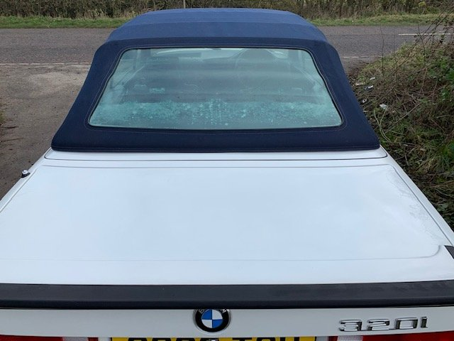 1989 BMW 320I CAB MANUAL For Sale (picture 16 of 17)