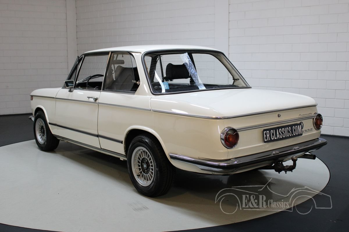 BMW 2002 | Automatic | Top condition | 1971 For Sale (picture 6 of 8)