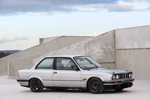Picture of 1990 BMW 325i 2 door manual track car SOLD