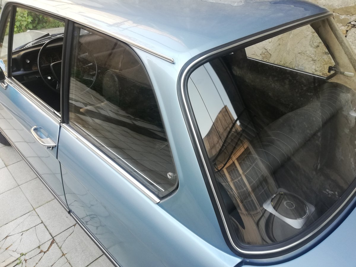 1977 BMW 1502 FJORD BLUE For Sale (picture 7 of 12)