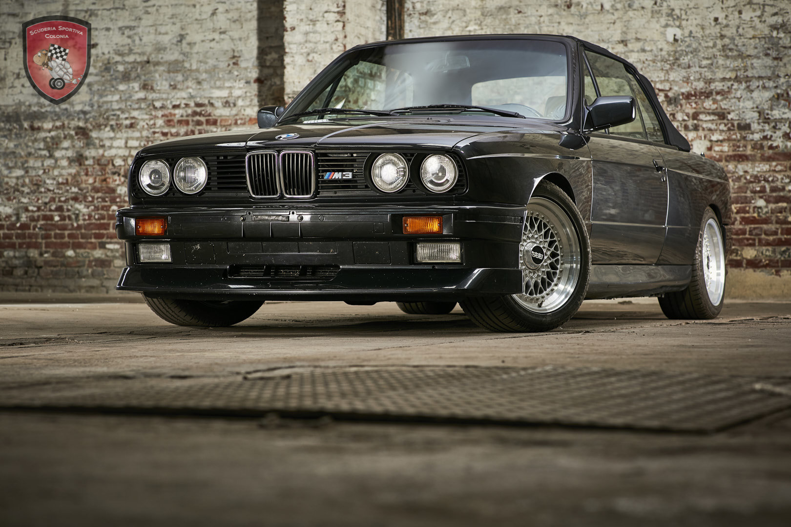 1992 Preserved BMW M3 cabriolet For Sale (picture 1 of 12)