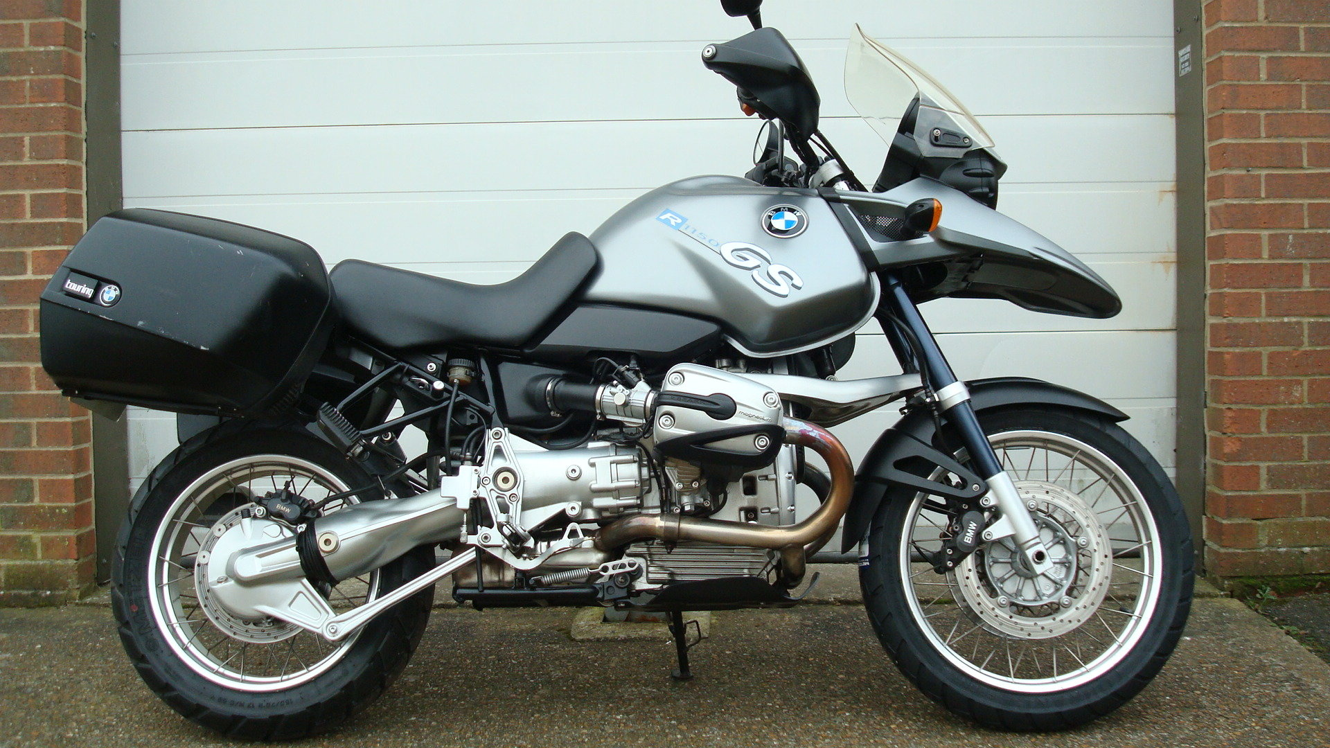 2003-03 BMW R1150GS LOW MILEAGE FOR YEAR SOLD (picture 1 of 10)