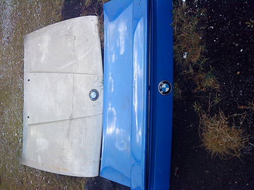 E30 BMW 325i BONNET & REAR BOOTLID/DOOR For Sale (picture 1 of 6)