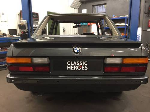 The E28 M5 needs no introduction... For Sale (picture 4 of 4)