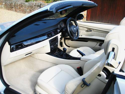 2007 BMW 325i M Sport Convertible With Just 5,000 Miles From New For Sale (picture 3 of 6)