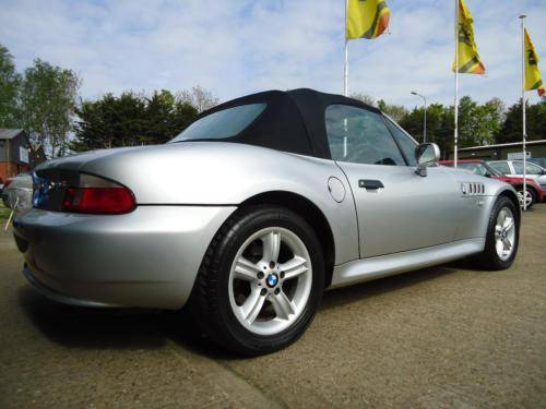 0151 Z3 1.9i ROADSTER IN TITAN SILVER WITH FULL BLACK LEATHER For Sale (picture 4 of 6)