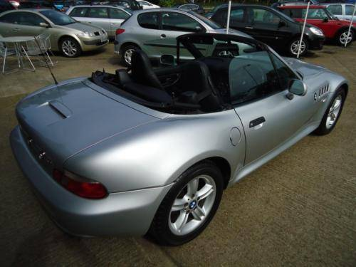 0151 Z3 1.9i ROADSTER IN TITAN SILVER WITH FULL BLACK LEATHER For Sale (picture 5 of 6)