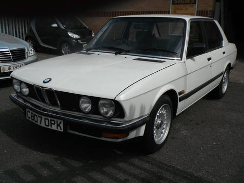 1986 E28 Pearlecent White The Only 1 in the Country For Sale (picture 2 of 6)