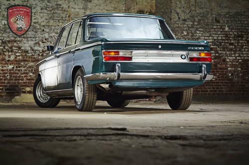1971 BMW 2000 tii * ultra rare sportive sedan SOLD (picture 3 of 6)