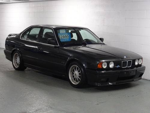 1990  BMW 5 SERIES 3.4 535i Sport 4dr GENUINE HARTGE H5 SP 3.5 For Sale (picture 1 of 6)