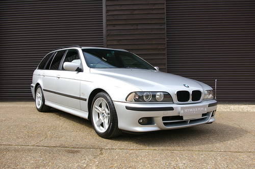 2003 BMW E39 525i M-Sport Automatic Touring (43,954 miles) SOLD (picture 2 of 6)