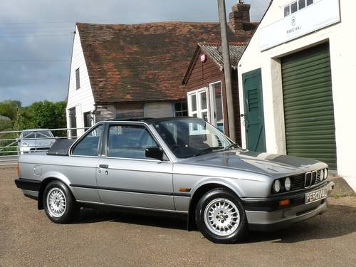 1988 BMW 320i Baur Cabriolet, one owner SOLD (picture 5 of 6)