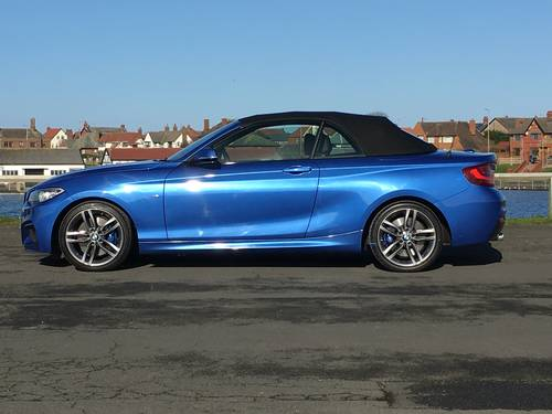 2015 BMW 228i M-SPORT AUTO CONVERTIBLE - RARE! For Sale (picture 3 of 6)