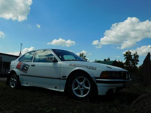 1997 Normal wear rally training car For Sale (picture 1 of 6)