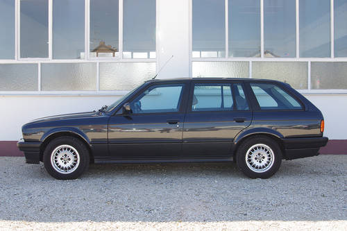 1991 Stunning BMW 324 td Touring - 2nd owner - incredible car SOLD (picture 2 of 6)