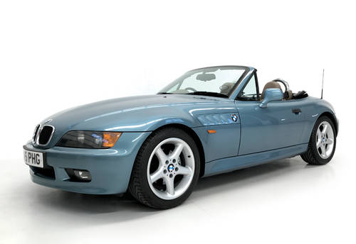 1997 Bond Spec BMW Z3 1.9 amazing condition SOLD (picture 1 of 6)