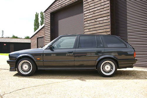 1992 BMW E30 325i Touring Automatic LHD (47,577 miles) SOLD (picture 1 of 6)