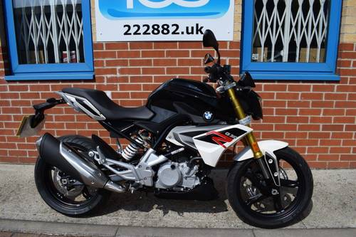 2017 BMW G310R 300cc 34bhp Learner Legal  SOLD (picture 1 of 6)