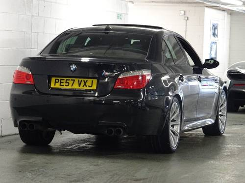 2007 BMW M5 5.0 SMG 4dr HUGE SPEC + FACE LIFT MODEL For Sale (picture 4 of 6)