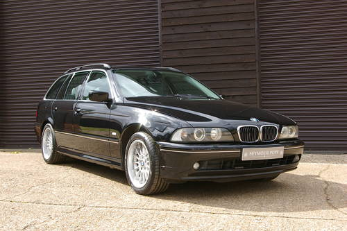 2002 BMW E39 540i 4.4 V8 Touring Automatic (62,342 miles) SOLD (picture 2 of 6)