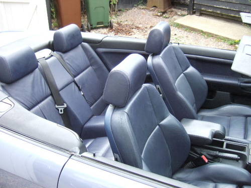 1997 BMW E36 328i Convertible automatic in Samoa Blue For Sale (picture 6 of 6)