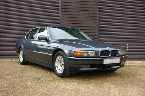 2001 BMW 735i SE Automatic Saloon (13,646 miles) SOLD (picture 2 of 6)