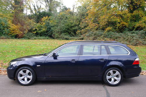 BMW 520d SE TOURING (E61).. 6-SPEED.. NICE SPEC.. F/BMW/S/H SOLD (picture 1 of 6)