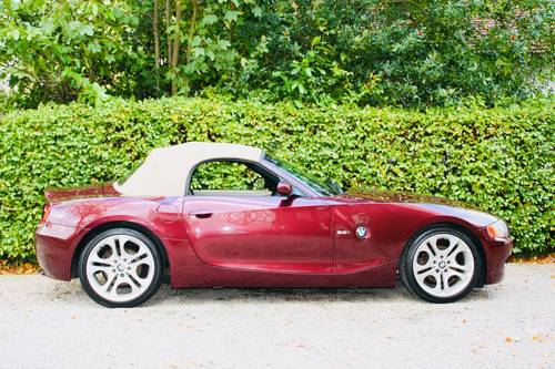 2003 Z4 3.0I SE MANUAL - MERLOT RED WITH CREAM LEATHER  SOLD (picture 2 of 6)