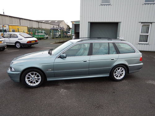 2002 BMW E39 530d 190bhp SE Manual Touring Estate SOLD (picture 1 of 6)