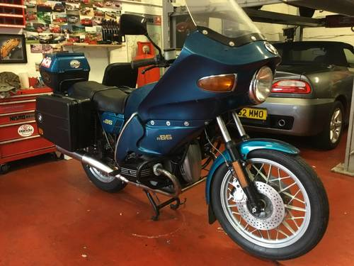 1981 BMW R65, full touring spec. SOLD (picture 4 of 6)